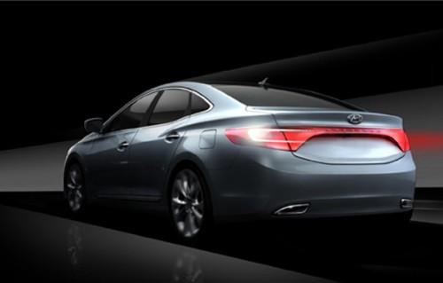 2012-Hyundai-Grandeur_3