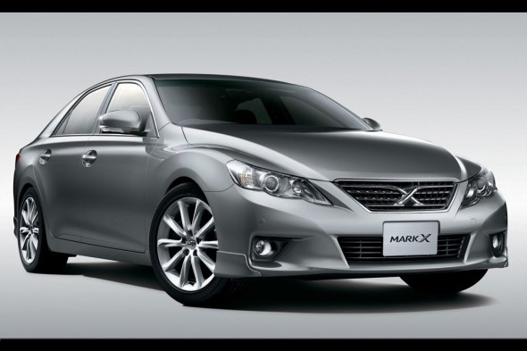 toyota-mark-x-2-590x393