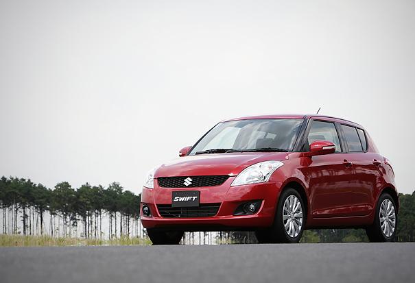 Suzuki-Unveils-New-Swift-with-k14b-1400-cc-engine