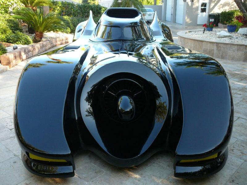 03-batmobile