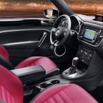 2012-Volkswagen-Beetle-476