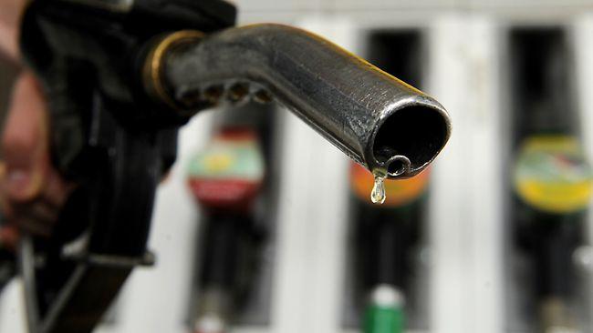 628841-petrol-pump