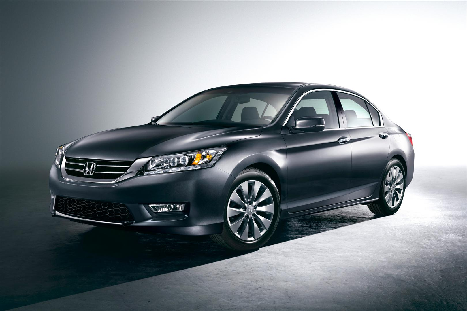 2013_honda_accord_sedan_touring_f34